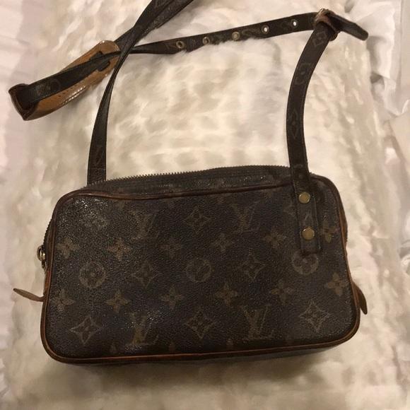 Louis Vuitton Handbags - Vintage Louis Vuitton Monogram Handbag 6e1987fd1b615